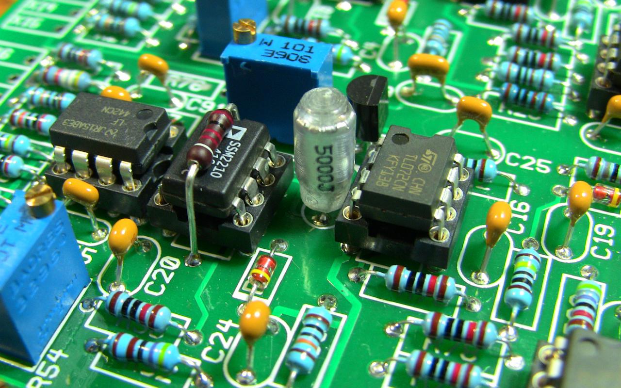 Курс «Аналоговая электроника»