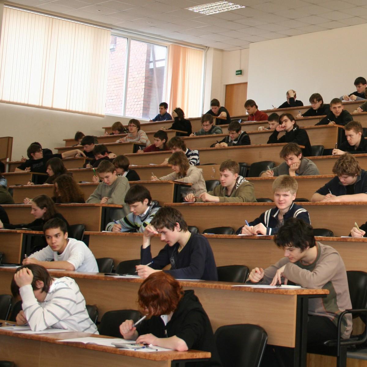 Перечень вступительных экзаменов в вузы может измениться за несколько месяцев до егэ